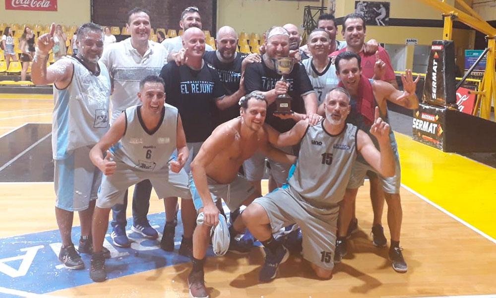 Estudiantes +45 Campeón
