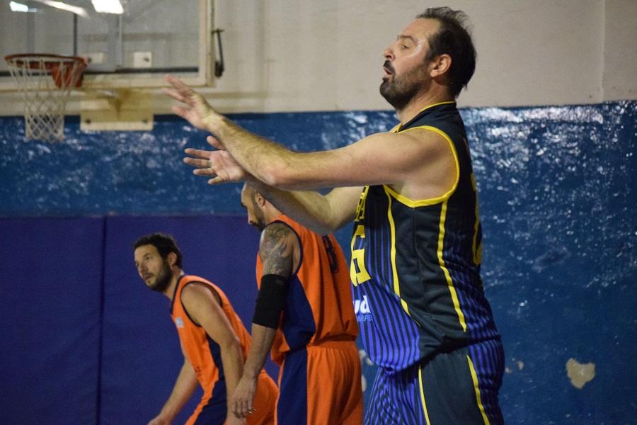 Oscar Avio Maxibásquet